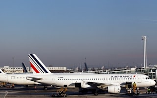 Passengers 'asked to pay for refuel' after plane diverts to Syria