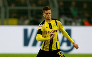 Weigl signs Dortmund deal to 2021