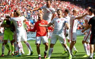 Szczesny thanks Swiss fans for drink