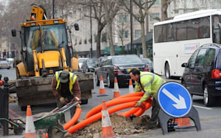 £10,000 daily fines for late road works