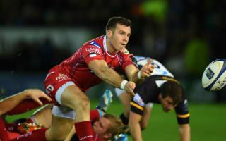 Davies extends Scarlets deal