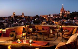 Beautiful hotel rooftops around the world