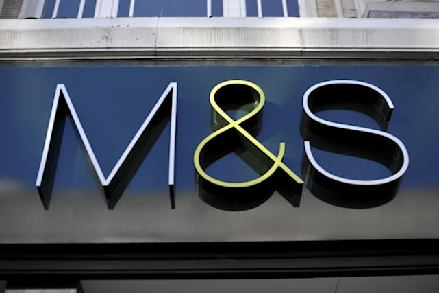 M&amp&#x3B;S unveils 'free' current account with £500 overdraft and £100 gift card