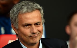Neville backs Mourinho as best choice for United