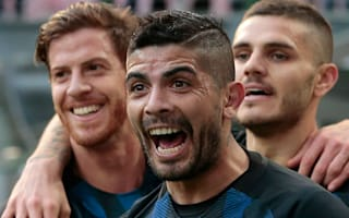 Sevilla keen on Banega reunion