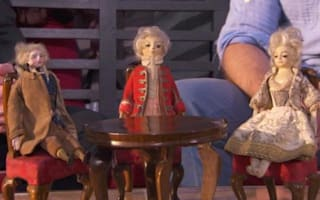 £200,00 dolls revealed on Antiques Roadshow