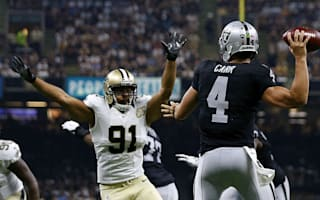 Carr leads Raiders, Packers win