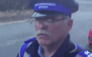 Angry motorist lambasts traffic warden for 'parking illegally'