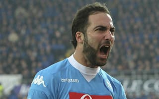Totti labels Higuain's Juventus move 'a disaster'
