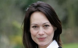 Leah Bracknell thanks fans after target for lung cancer treatment is met