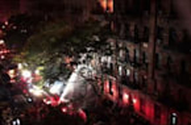 Raw: One Dead in NYC Building Fire