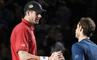 Isner tips Murray for long number one stay