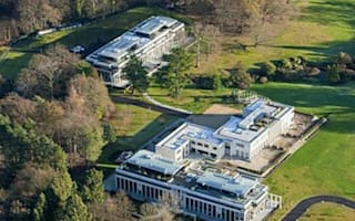 Cliff Richard plans to sell £3m home after police raid
