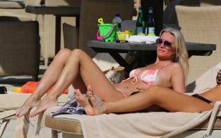 Denise Van Outen enjoys New Year holiday in Dubai