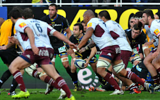 Clermont out after penalty howler, Chiefs progress