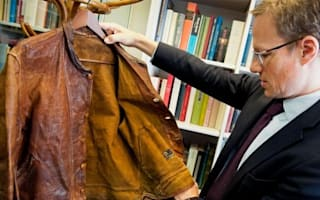 Einstein's jacket sells at auction for £109,004