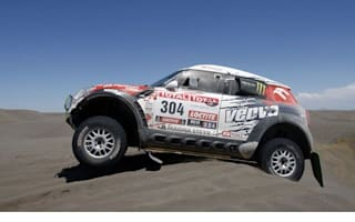 MINIs continue to dominate the Dakar