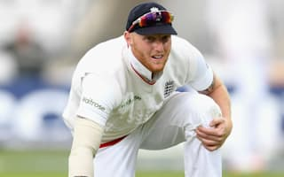 Woakes replaces injured Stokes for second Test
