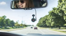 Garmin Speak mete a Alexa en tu coche