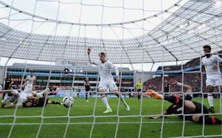 Bayer Leverkusen 0 Bayern Munich 0: Leaders' advantage cut by 10 men