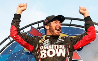 Stewart eliminated as Truex Jr dominates Dover