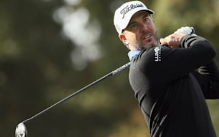 Piercy leads after course-record 62