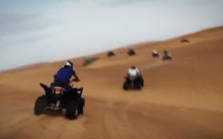 Hamilton hits the dunes ahead of Abu Dhabi GP