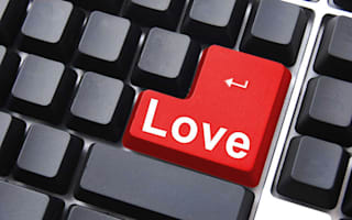 Online dating in later life: 6 tips for the perfect profile