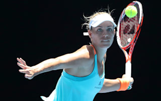 Kerber punishes wasteful Witthoeft