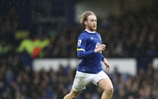 Everton secure highly rated Davies to five-year deal