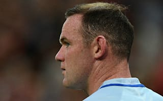 Henderson defends Rooney after boos against Malta