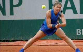 Bondarenko claims Vinci scalp at Roland Garros, Muguruza battles through