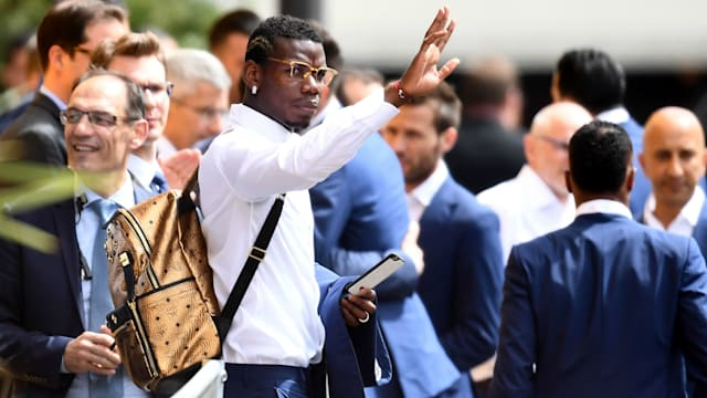 Manchester United sign Paul Pogba for record £93 million