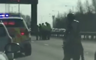 M56 brought to a standstill by fight in the middle of the motorway