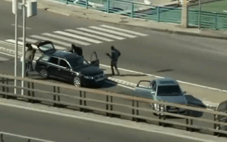 Video: Armed robbers very happy with their Audi A4s