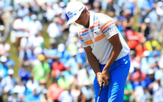 Fowler sets pace with brilliant 65 at U.S. Open