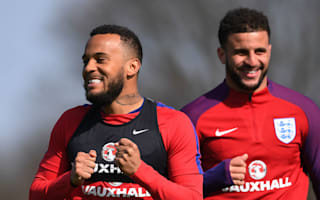Bertrand wants England to keep up with Jones' rugby stars