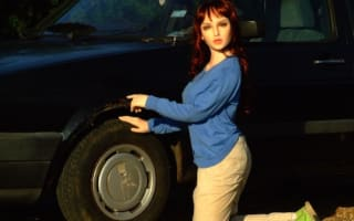 Man uses life-like 'sex doll' to help sell car