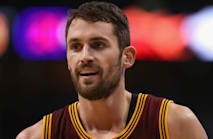 Cavs star Love won't let knee injury keep him down