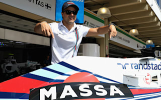 Martini gesture stirs Massa ahead of emotional send off
