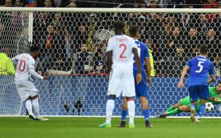Lyon 0 Juventus 1: Buffon masterclass and Cuadrado rocket the difference