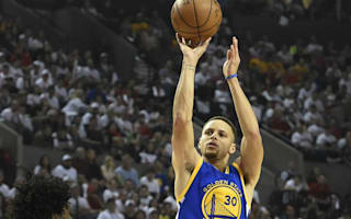 Curry inspires Warriors in return, Heat level series with Raptors