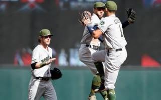 Astros complete historic comeback, Jays score 17 runs