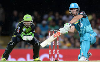 Lynn stars as Heat defeat Thunder for first BBL win