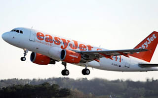 Easyjet plane in emergency landing at Luton Airport as engine fails mid-air
