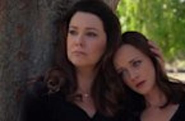First Official Gilmore Girls Trailer Released