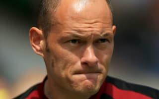 Norwich captain Martin backs manager Neil