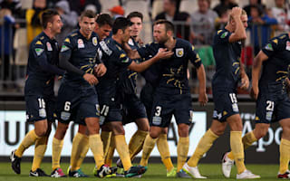 A-League Review: Garcia inspires Mariners, Perth edge 10-man Victory
