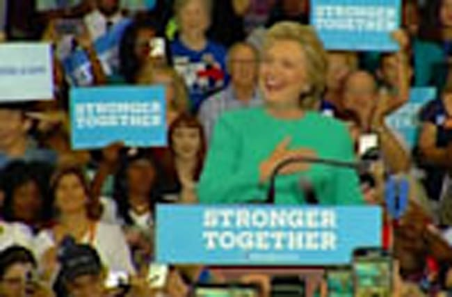 Florida crowd sings 'happy birthday' to Hillary Clinton