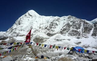 British mother dies after Mount Everest climb with daughter